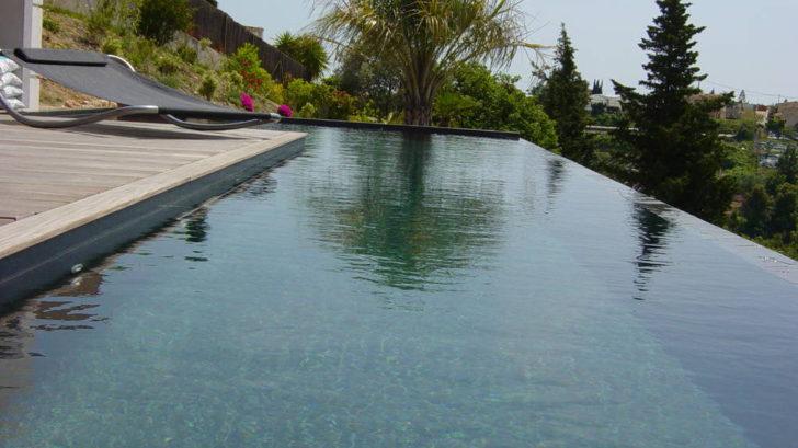 Quelques mots sur le revêtement peinture pour piscine